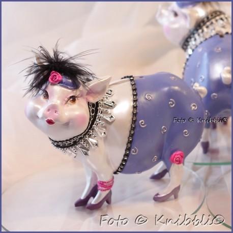 Sparschweinchen als bezaubernde Diva 04